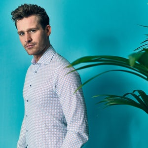 Blue/green print modern fit shirt with extra long sleeves 0139911-165-285-000